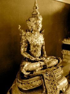 Gold flake buddha. At Wat Phra Si Sanphet.